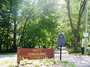 White Pathway Sign