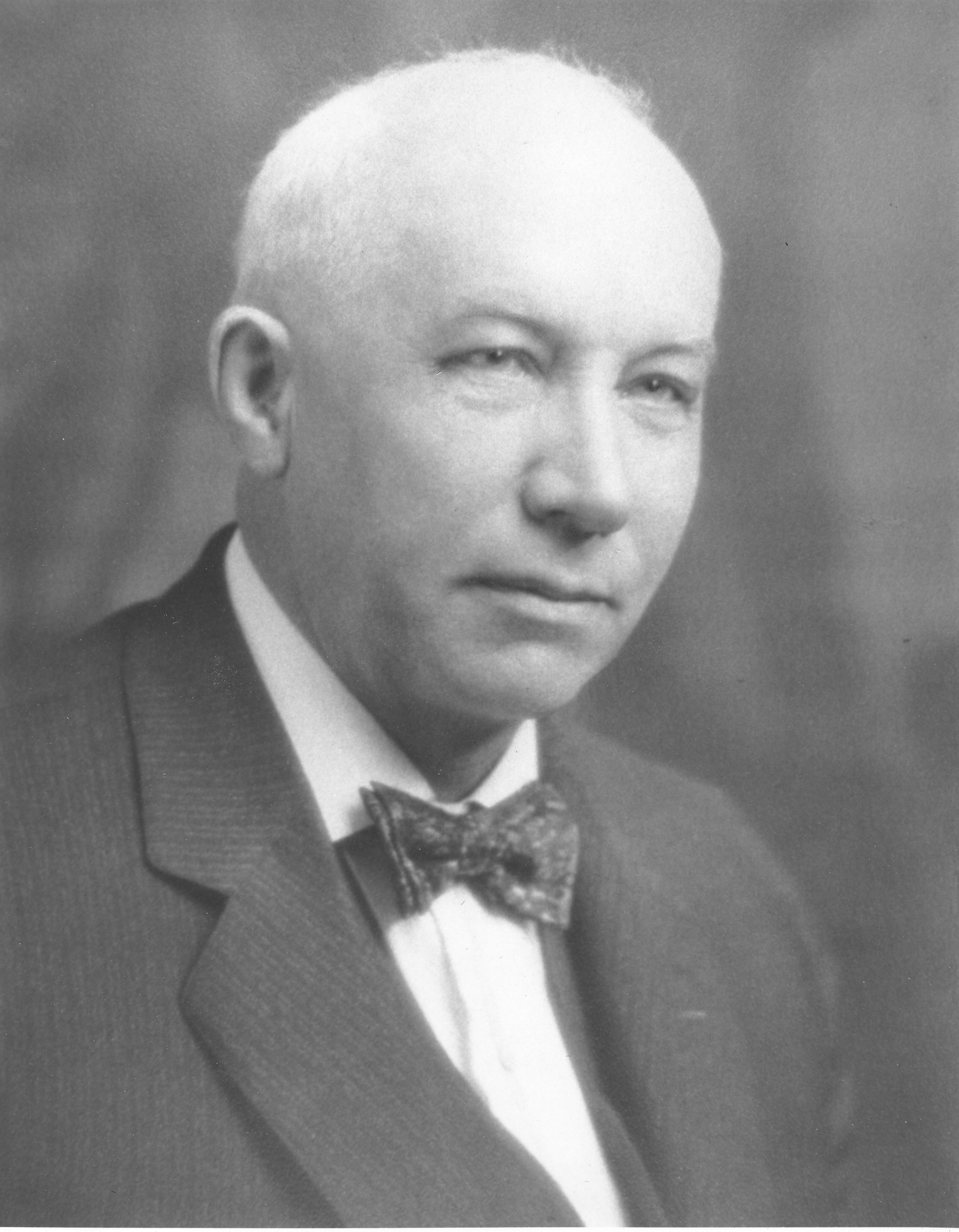 Mayor George Theo Smith